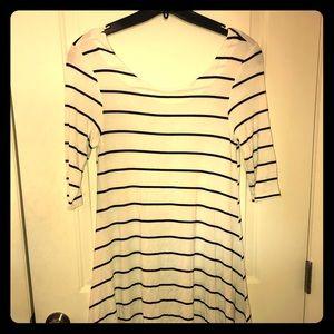 Dresses & Skirts - White & black stripped dress